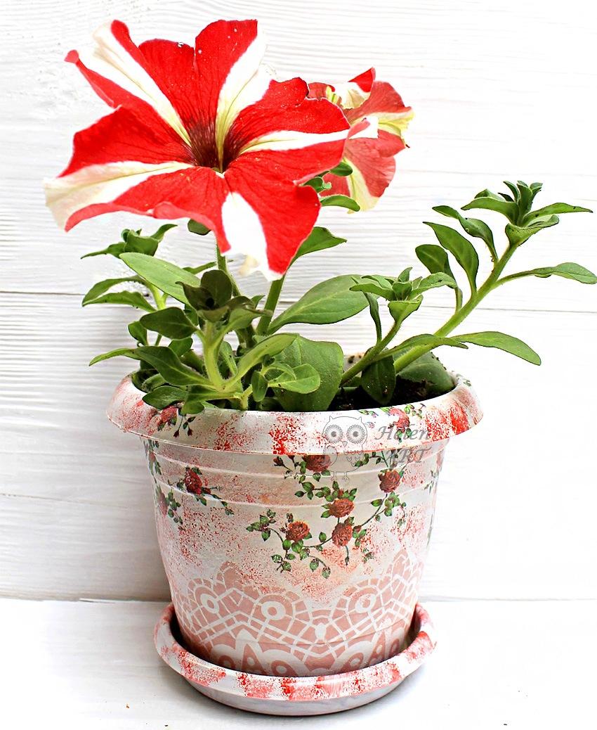 Çiçek Desenli Dekupaj Saksı 6