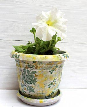 Çiçek Desenli Dekupaj Saksı 9