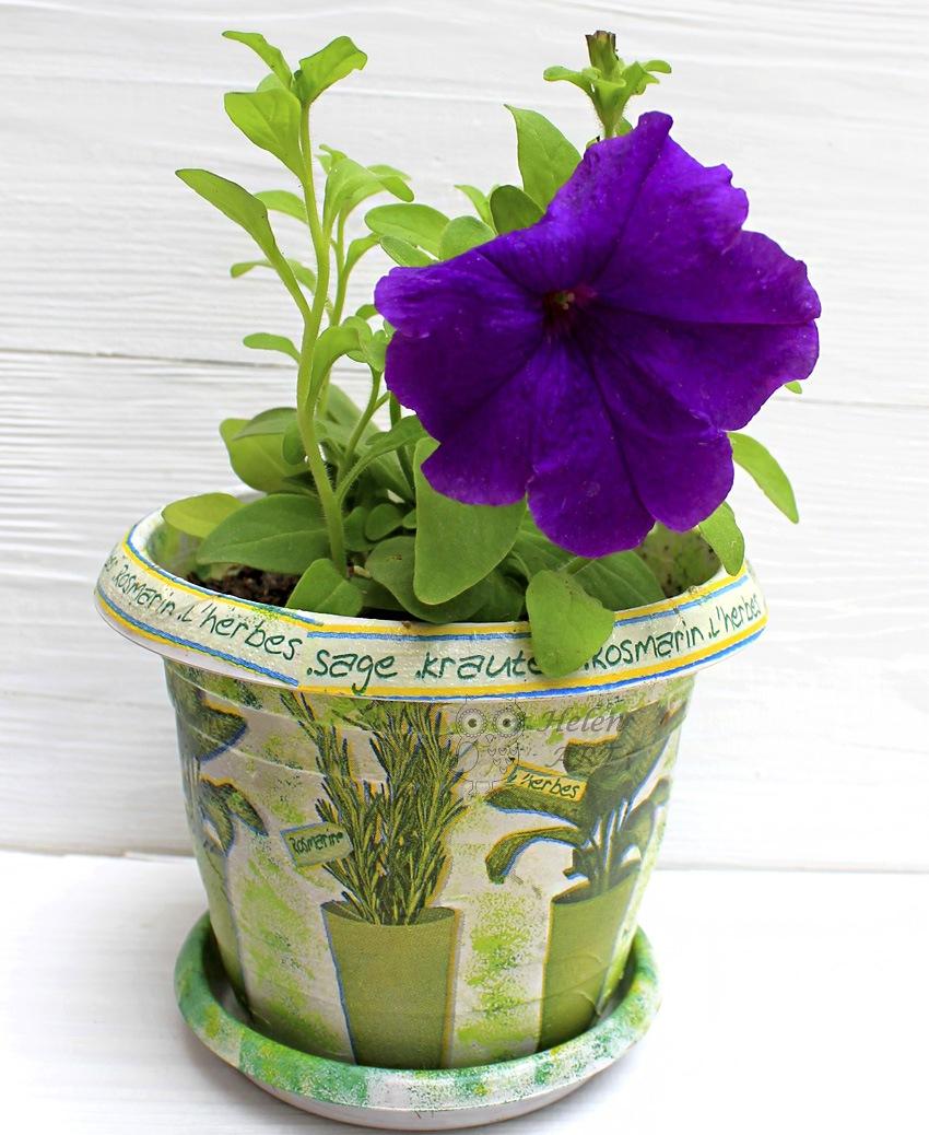 Çiçek Desenli Dekupaj Saksı 10