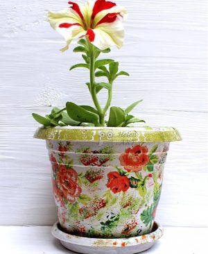 Çiçek Desenli Dekupaj Saksı 11